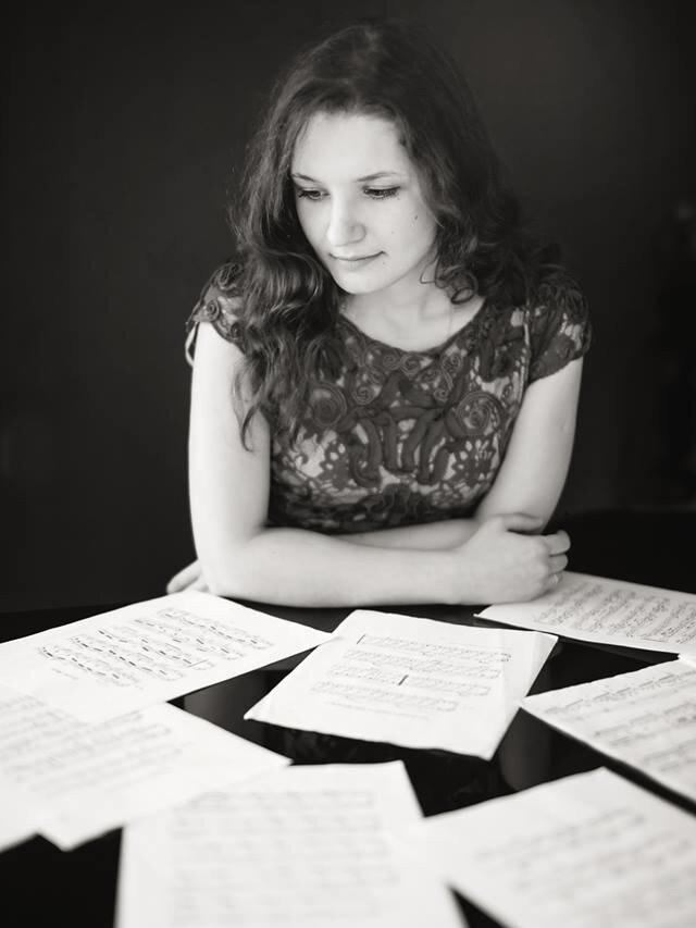 Elena Toponogova - pianist